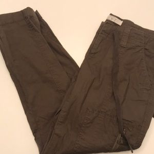 Loft 00P Army Green Cropped Pants BRAND NEW